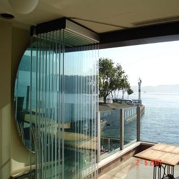 Üsten Askýlýklý Cam Balkon Sistemleri